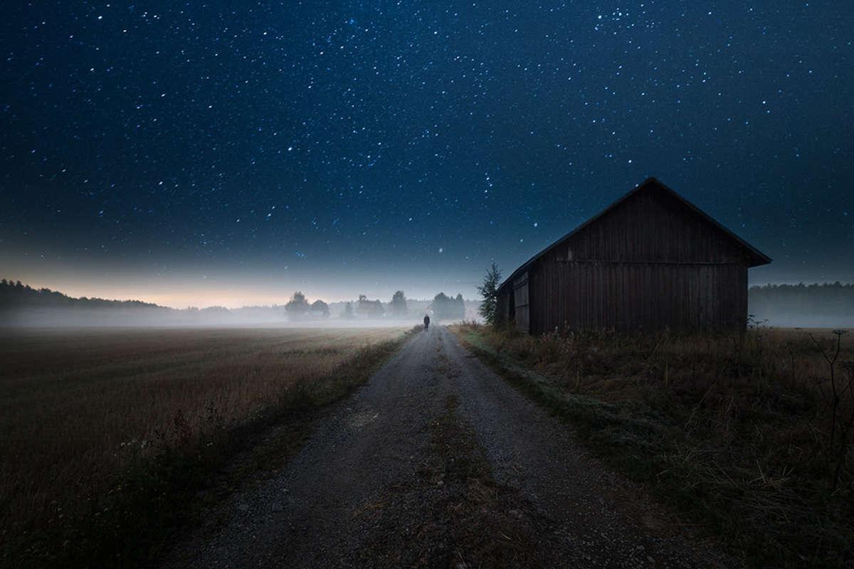 """""""I walk alone"""" by Mika Suutari (https://mikasuutari.com)"""